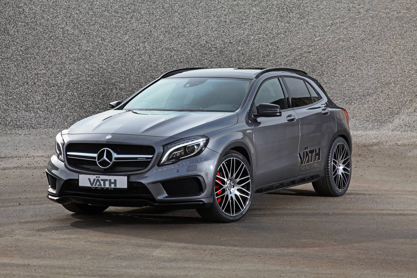 Mercedes benz gla45 amg crossover tuned by vath 8 muscle for Mercedes benz cross over