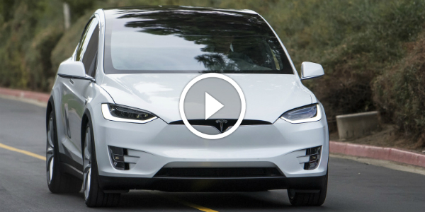 TESLA MODEL X The FIRST DRIVE 14