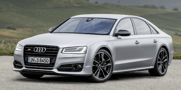 Utmost German Performance Sedan A.K.A 2016 Audi S8 Plus!