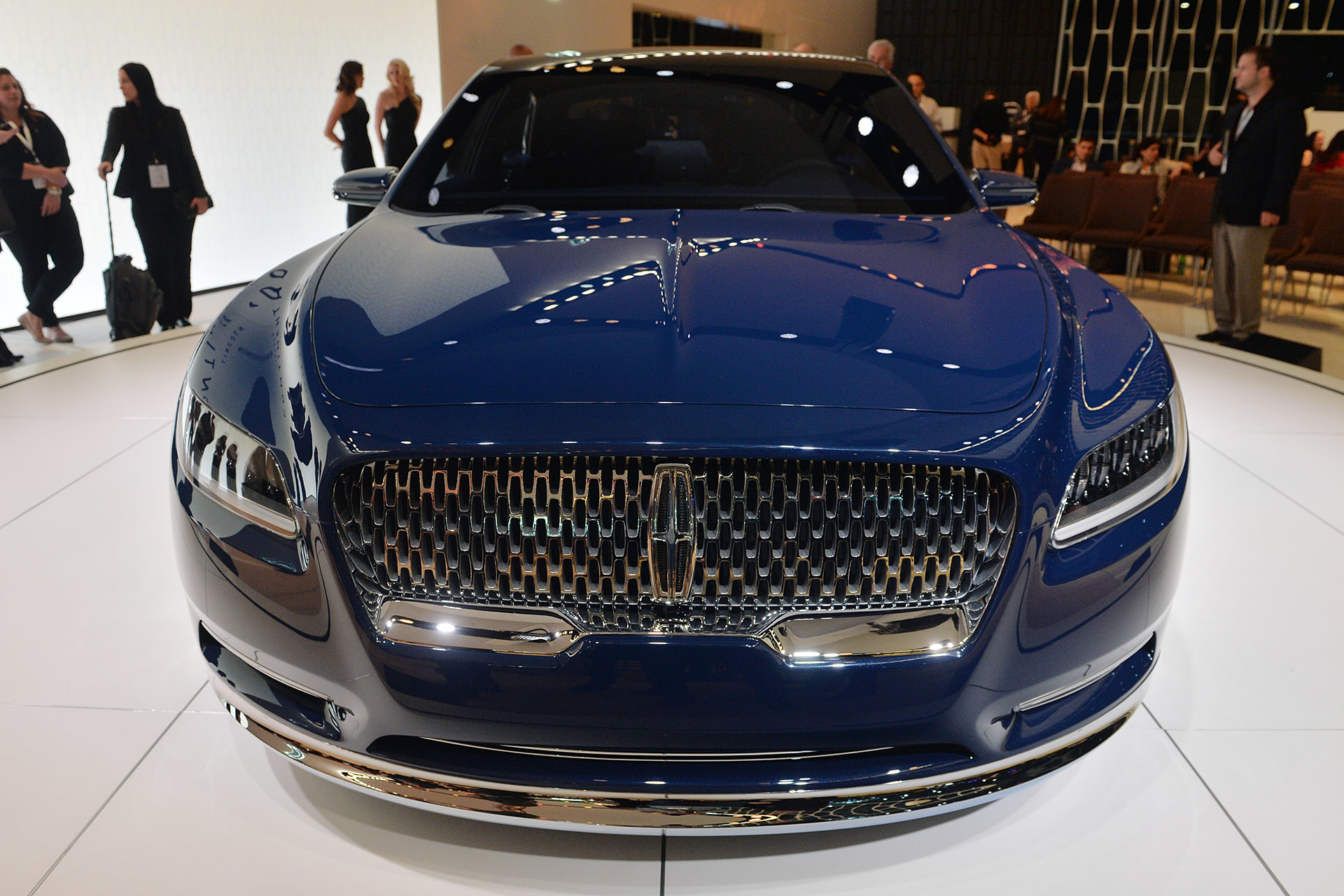 lincoln-concept-continental-new-york-detroit-2015-4 Outstanding Lincoln Continental New York Auto Show Cars Trend