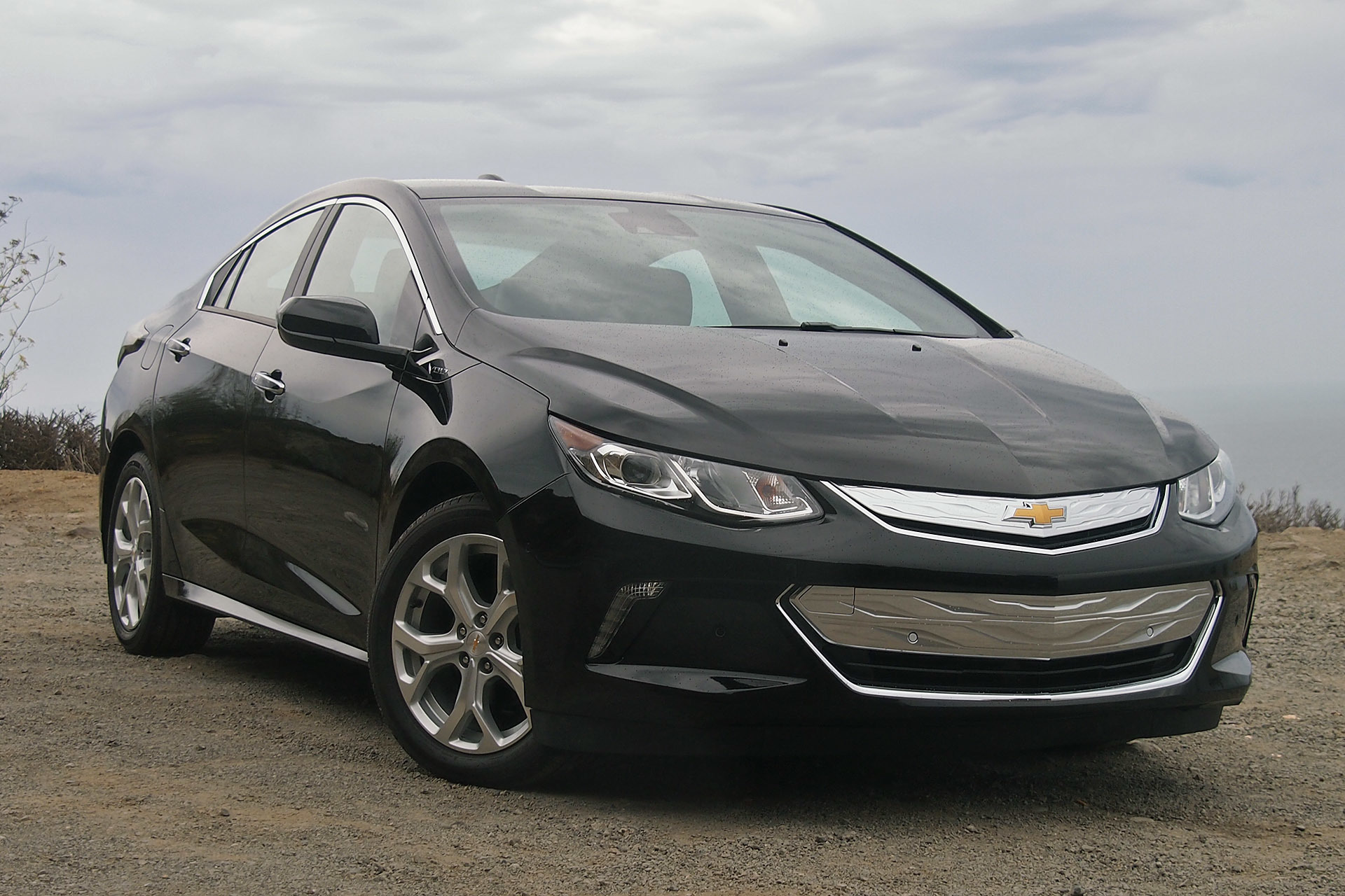 2016 chevrolet volt green car la 3