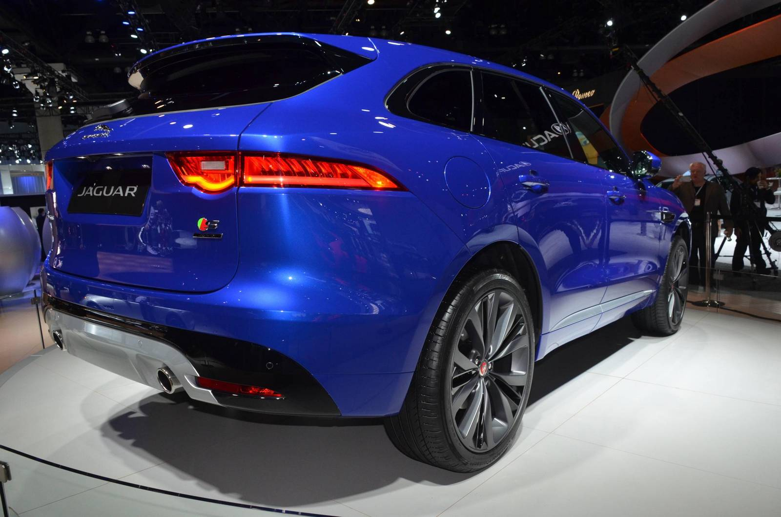 3 Powertrain Models Of Jaguar F-Pace 5