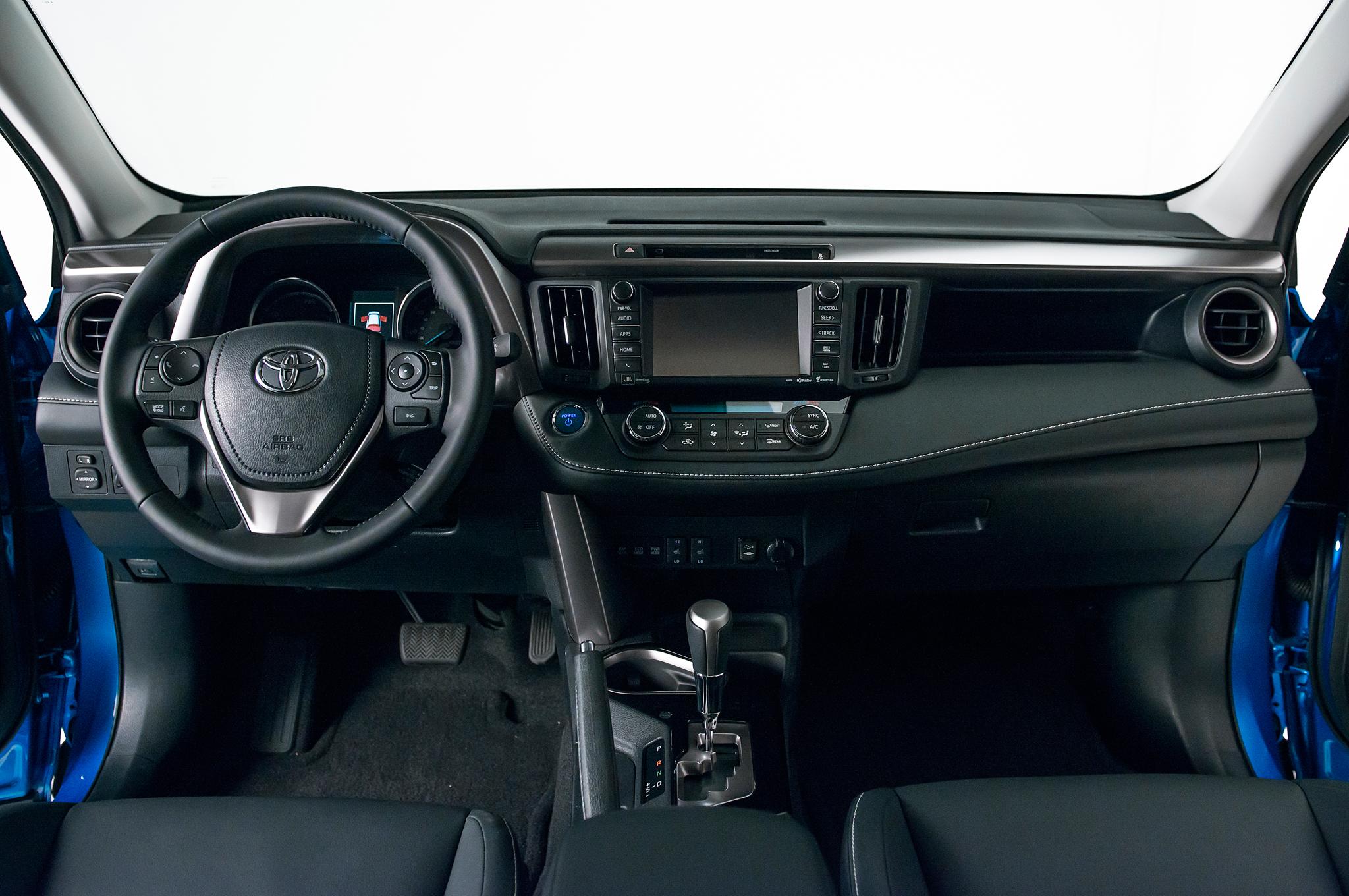 Gas And Hybrid 2016 Toyota RAV4 6