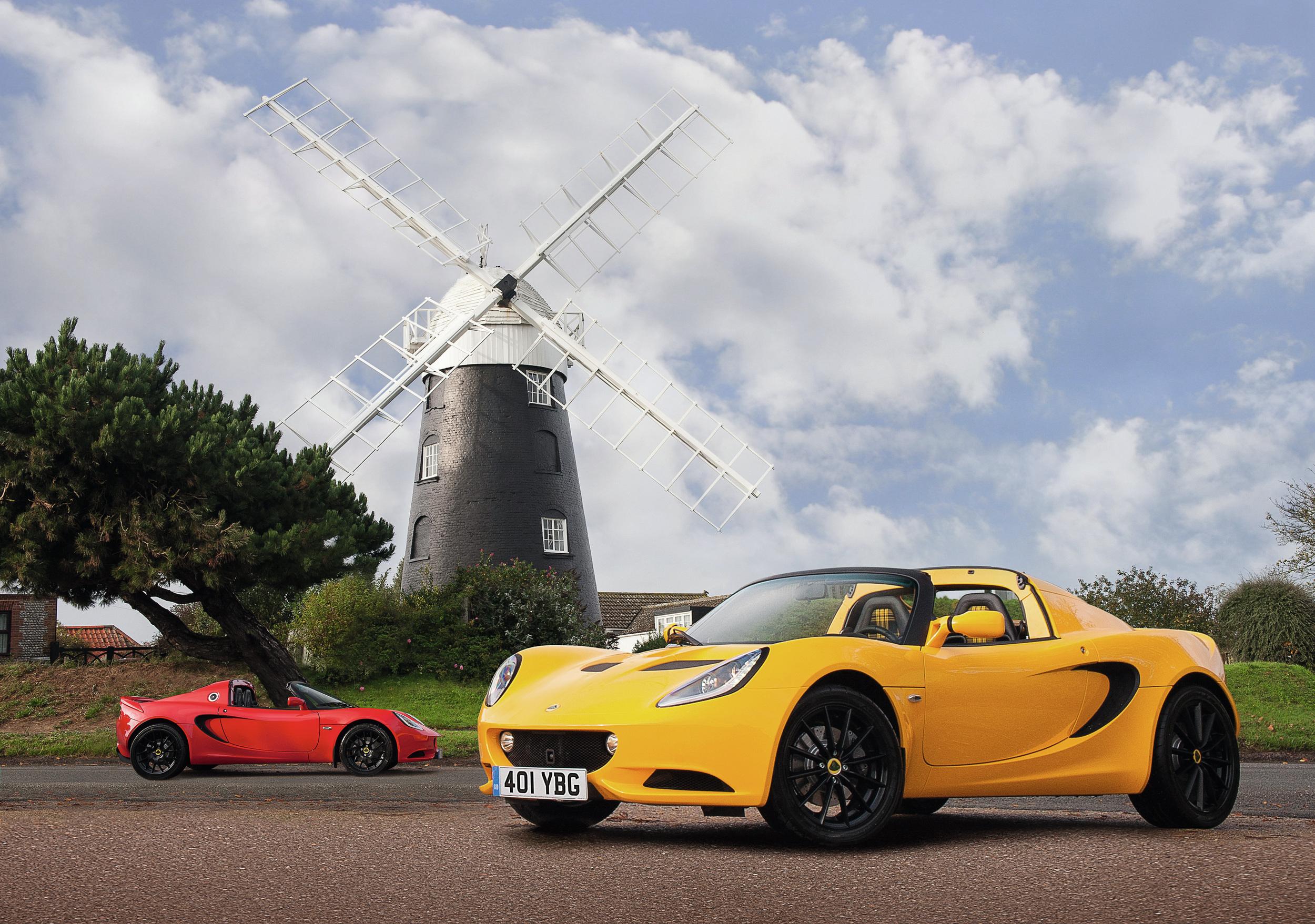 Lotus Elise Sport & Lotus Elise Sport 220 2