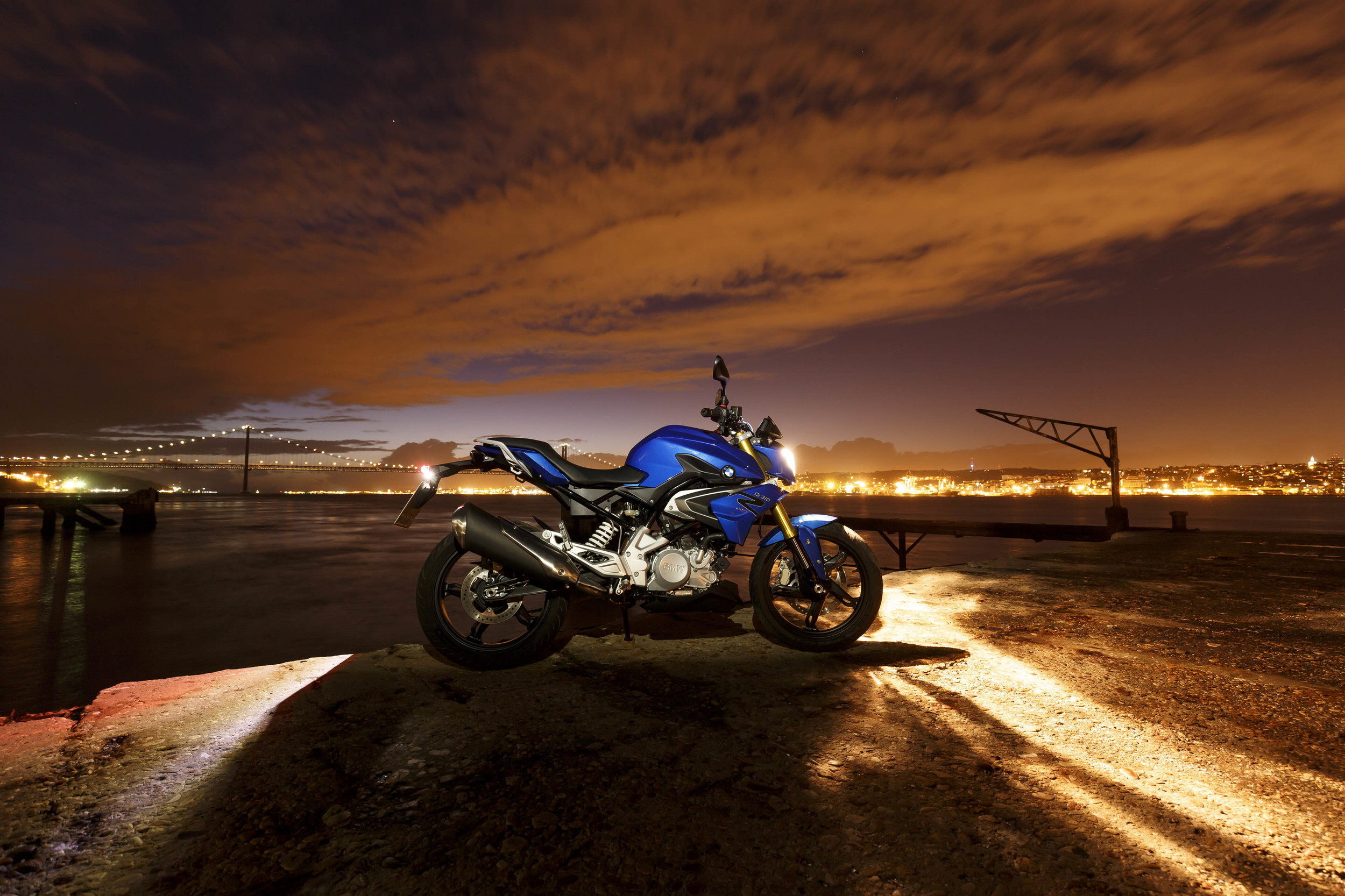 Мотоцикл БМВ g310r #11