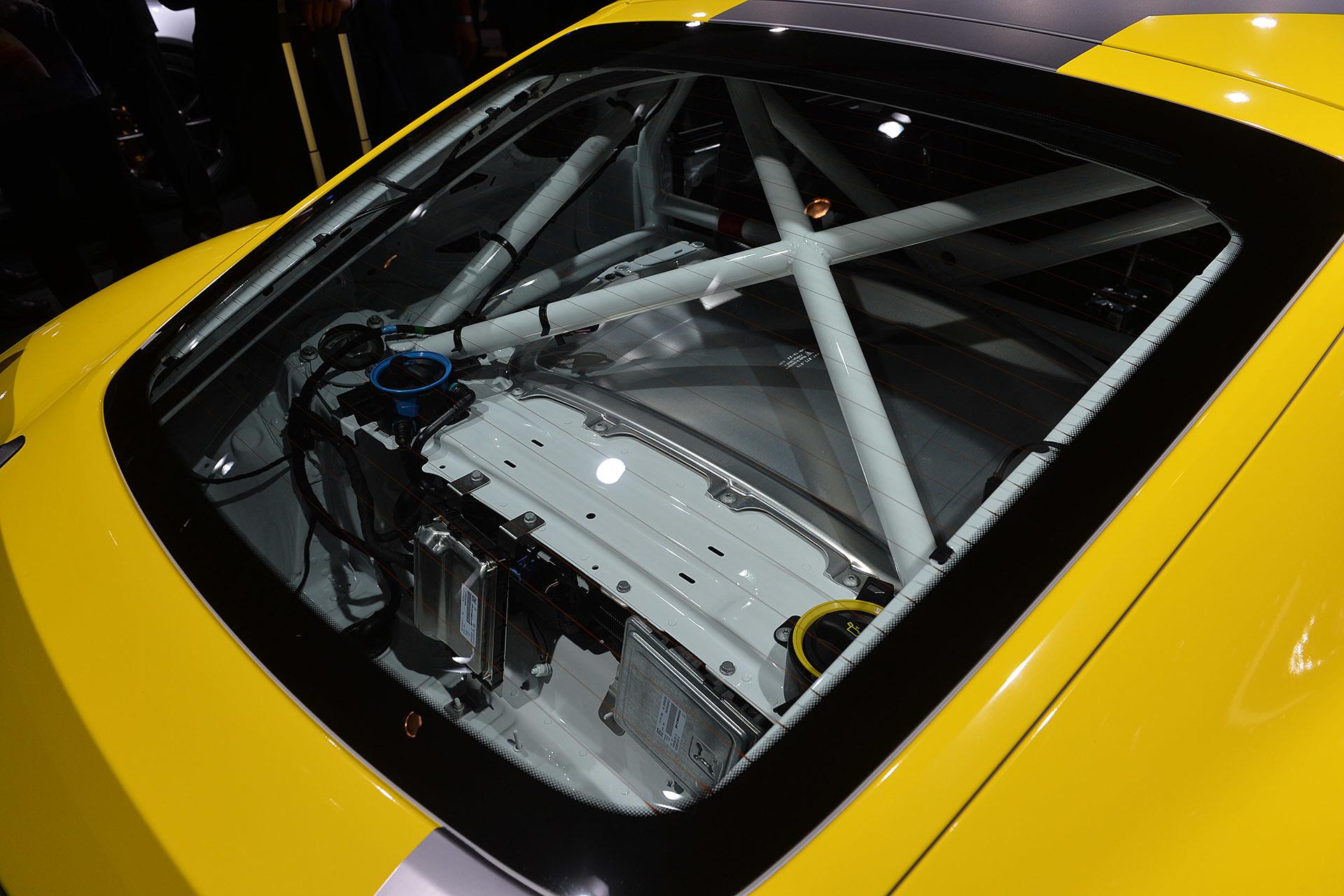 Track Only Porsche Cayman GT4 Clubsport 7