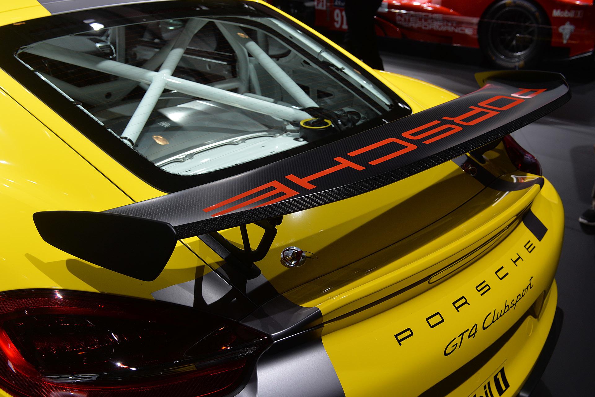 Track Only Porsche Cayman GT4 Clubsport 8