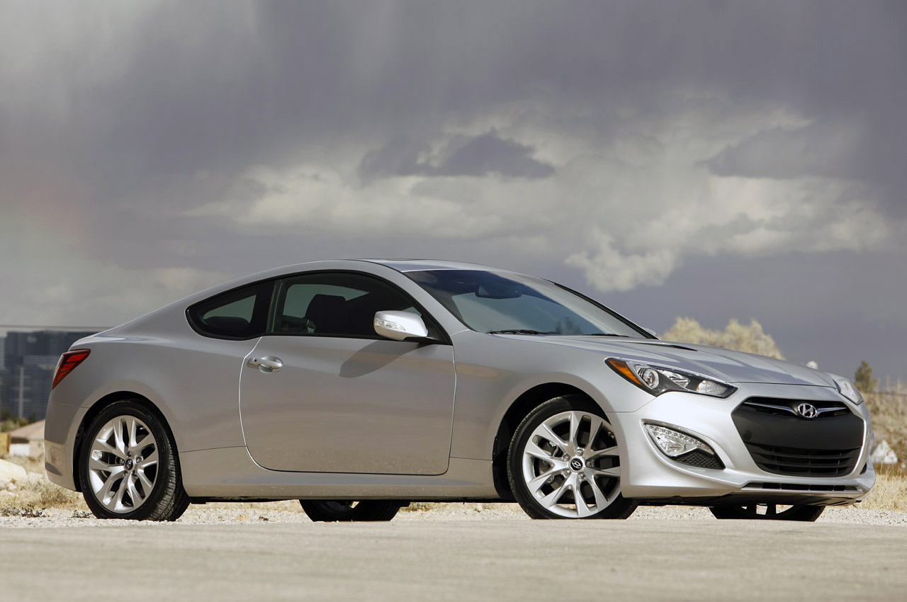 Hyundai genesis recalls