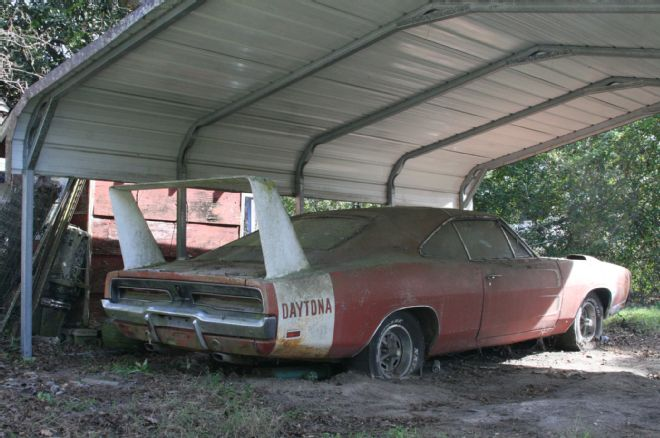 BARN FIND 1969 DODGE CHARGER DAYTONA Alabama 6