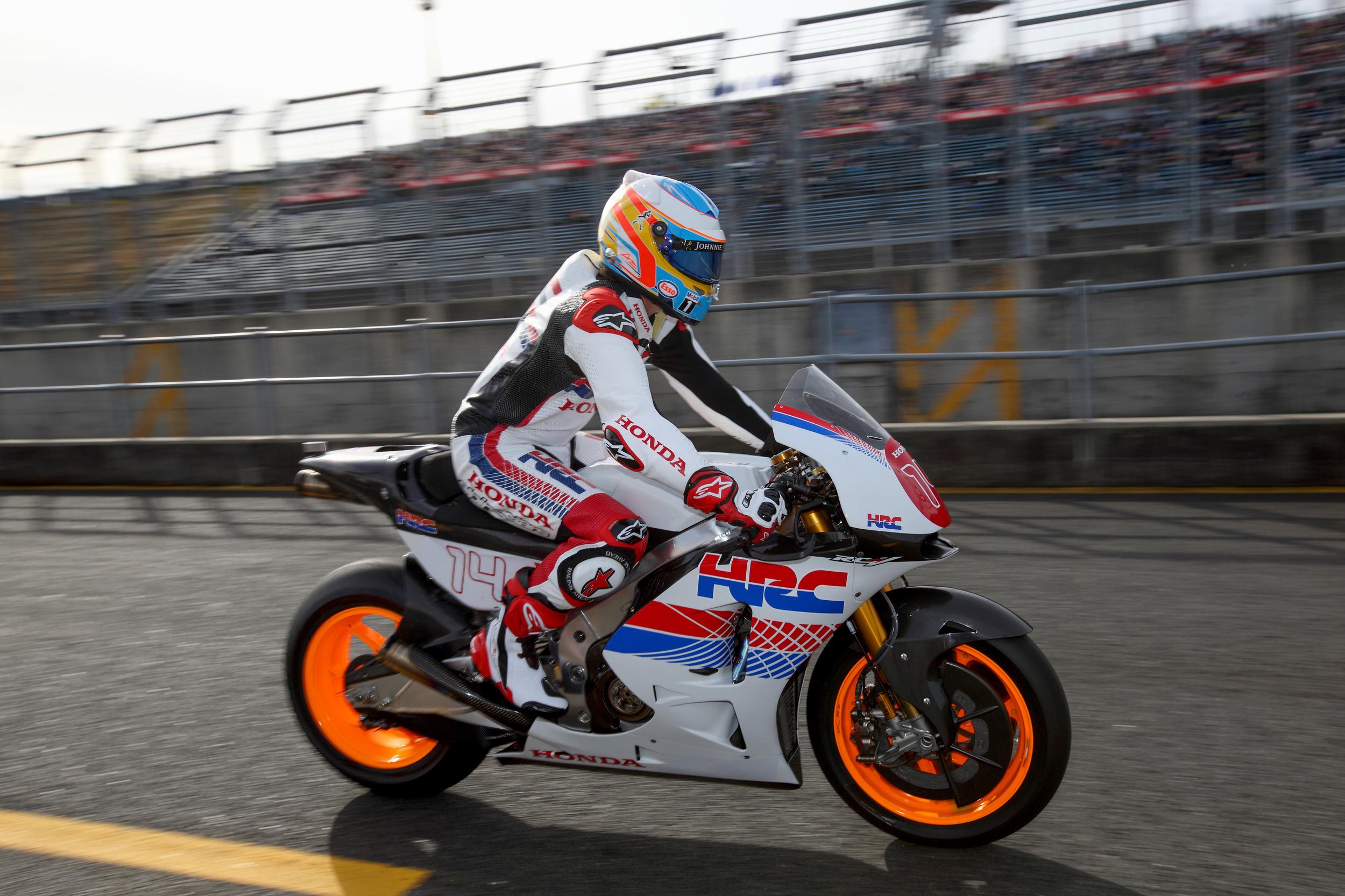 Fernando Alonso Rode Honda RC213V 1