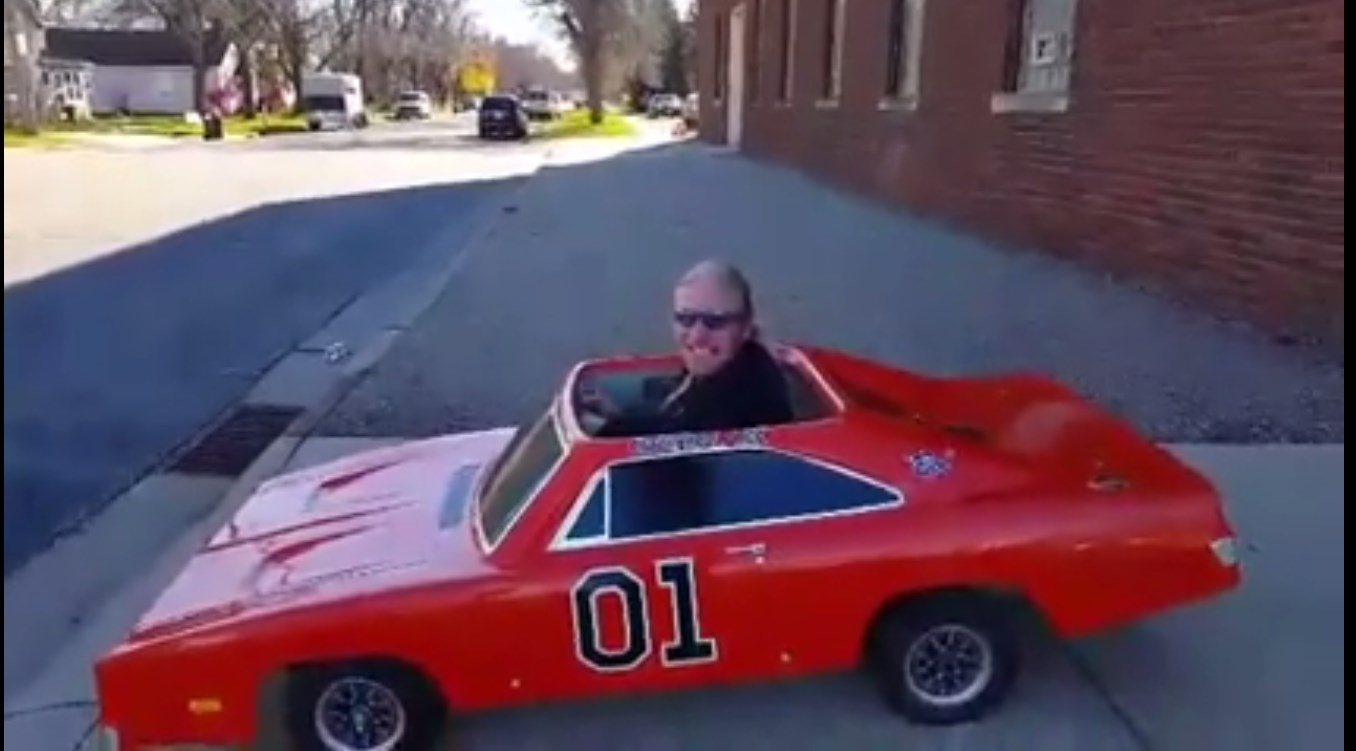 Go-Kart With GENERAL LEE Body! Legendary Dodge Charger!