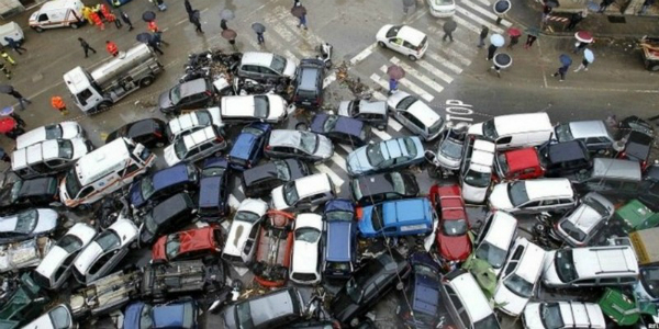 How On Earth Did These BIZARRE Car Accidents Happen 143