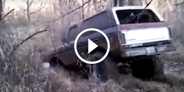 Stuck In The Mud ON PURPOSE 450 Horsepower SUV 5