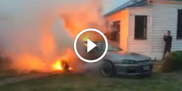 This Guy DESTROYED NISSAN SKYLINE GTR R34 FIRE 32