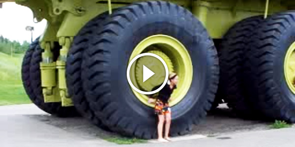Biggest Truck In The World >> The Biggest Truck In The World Terex Titan