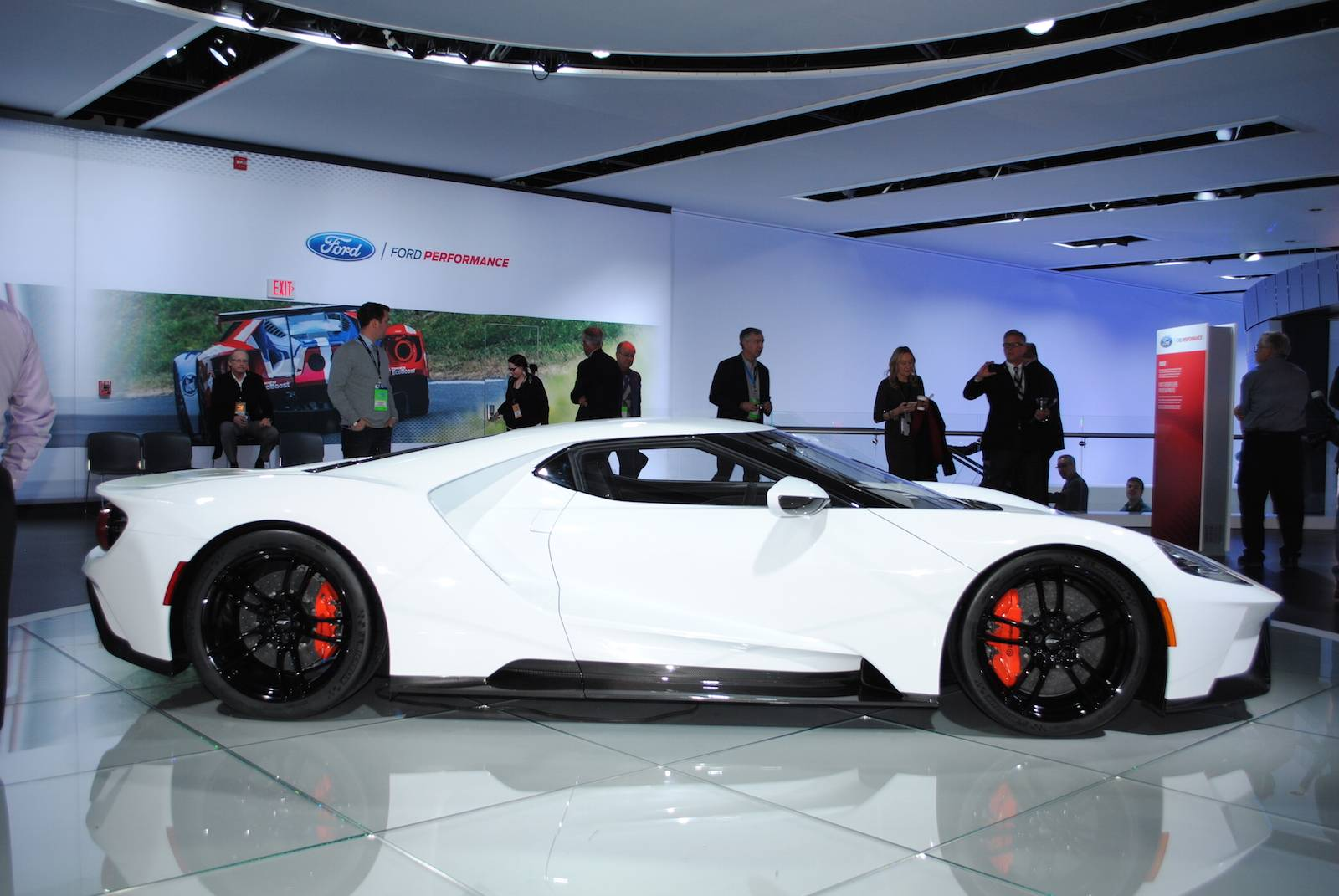 Ford Gt Displayed At Detroit Motor Show Muscle Cars