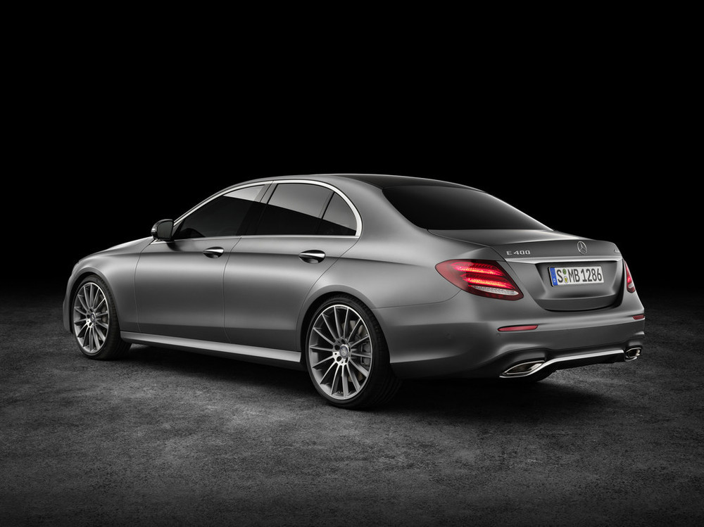 2017 MERCEDES E-CLASS Leaked Images 2