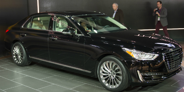 2017 Hyundai Genesis G90 Finally Debuted At The 2016 Detroit Motor Show cover