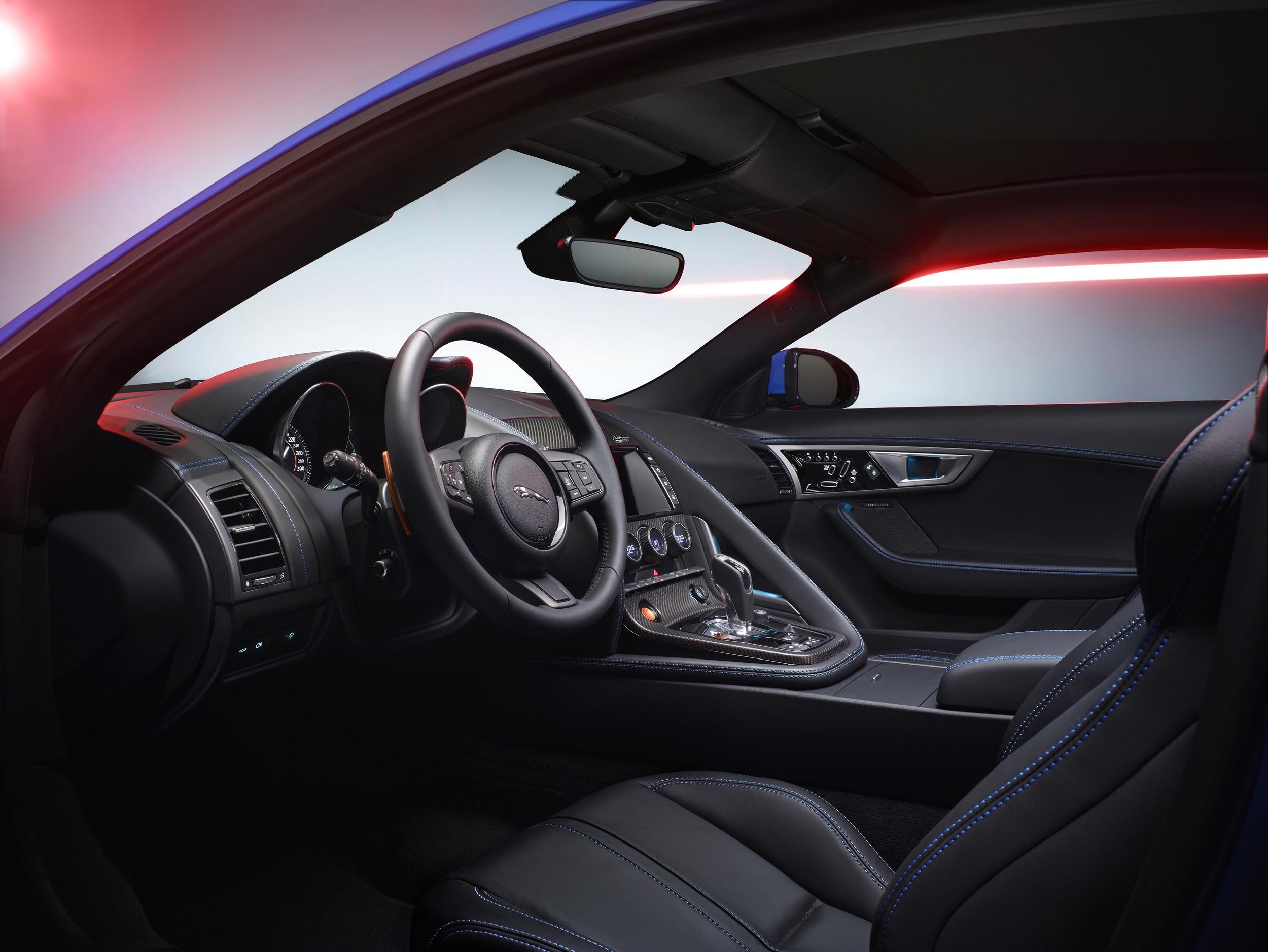 Jaguar F-Type British Design Edition 7