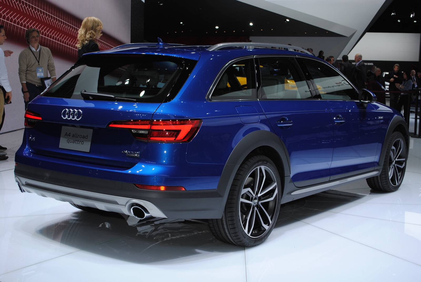 New Generation Audi A4 Allroad Quattro Unveiled At 2016 Detroit Motor Show 4