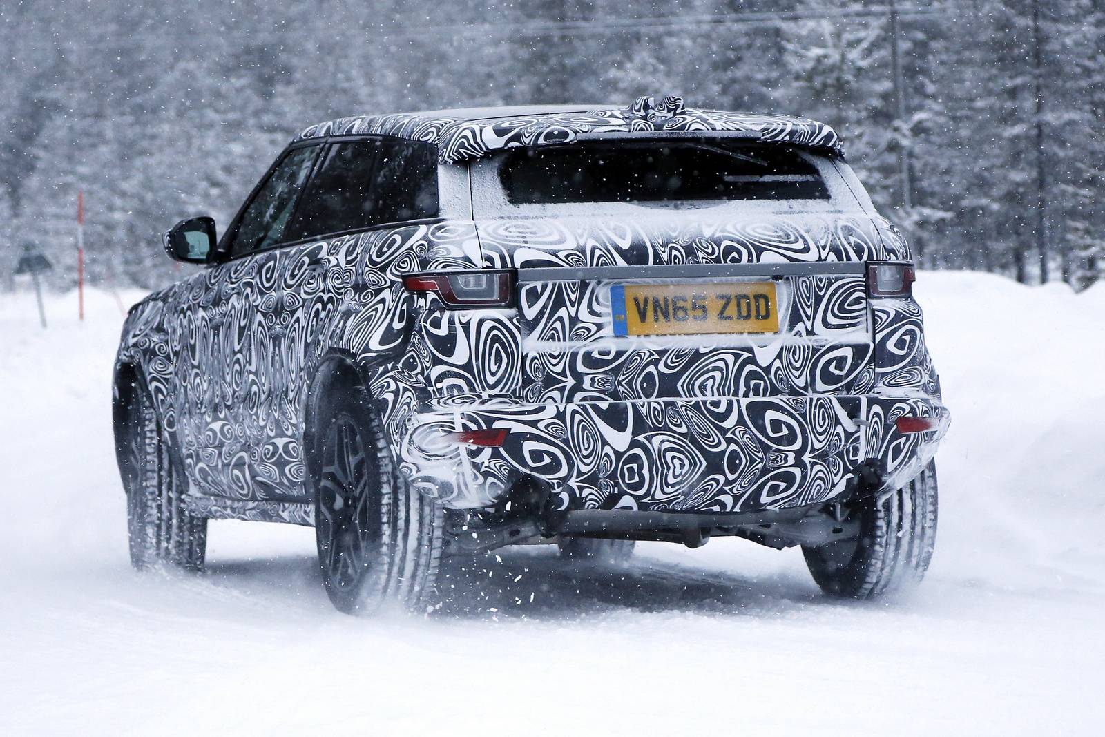 Spy Images From Jaguar E Pace Masked As Range Rover Evoque 6