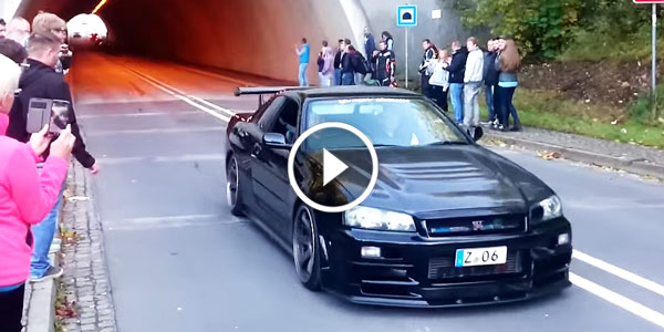 The One Only Nissan Skyline Gtr R34 V Spec Nismo Makes The Tunnel