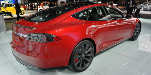 Tesla Excludes The 85 kWh Battery For The Model S 7