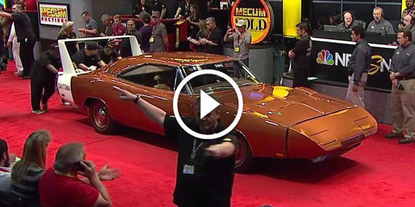 1969 DODGE CHARGER HEMI Daytona Sells for $900000