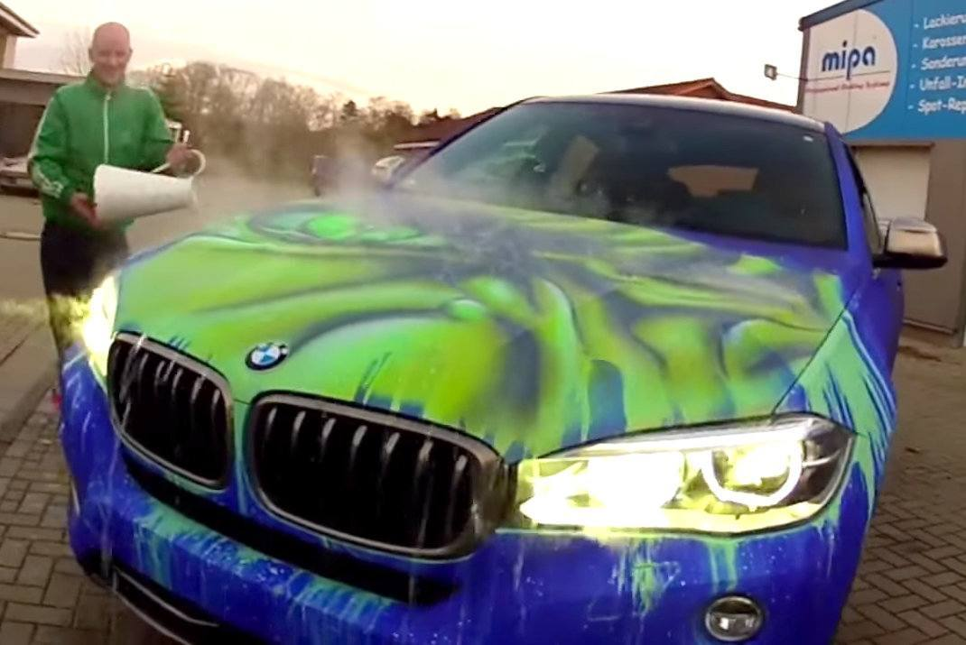 Shocking images these dealerships ran out of business for Car paint color changing