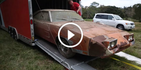 dodge daytona barn find 82