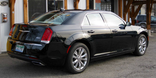Chrysler 300 Limited 9