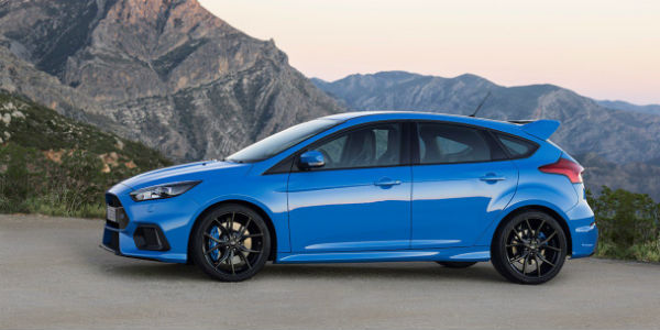 2016 ford focus rs sale is rising and reaching close to the top