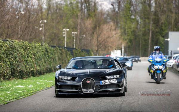Bugatti Chiron Photos 4