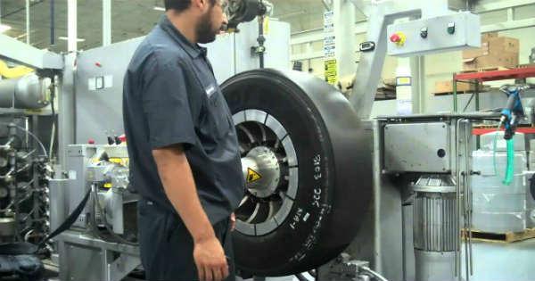 Incredible Tire Retreading Process 44