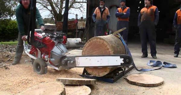 Australian V8 Chainsaw 1