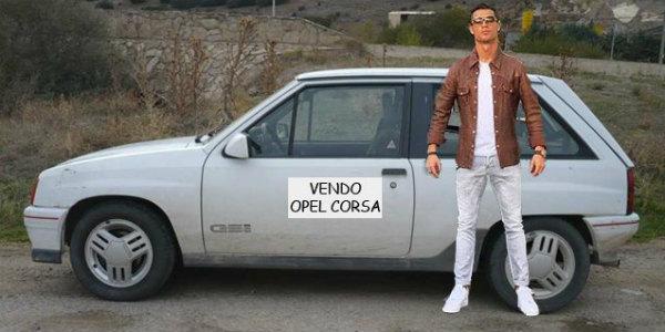 Cristiano Ronaldo Pose Aventador Lamborghini LP700 4 instagram 5