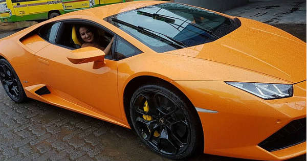 FAIL Indian Politician Wife Lamborghini Driver Rickshaw 8