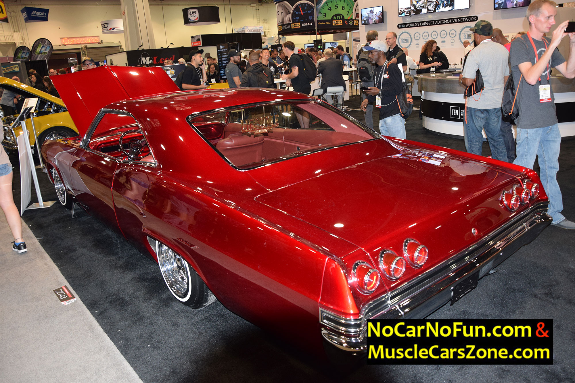 Red Chevrolet Chevelle 4 - Sema Show 2016 Vegas - Muscle Cars Zone!
