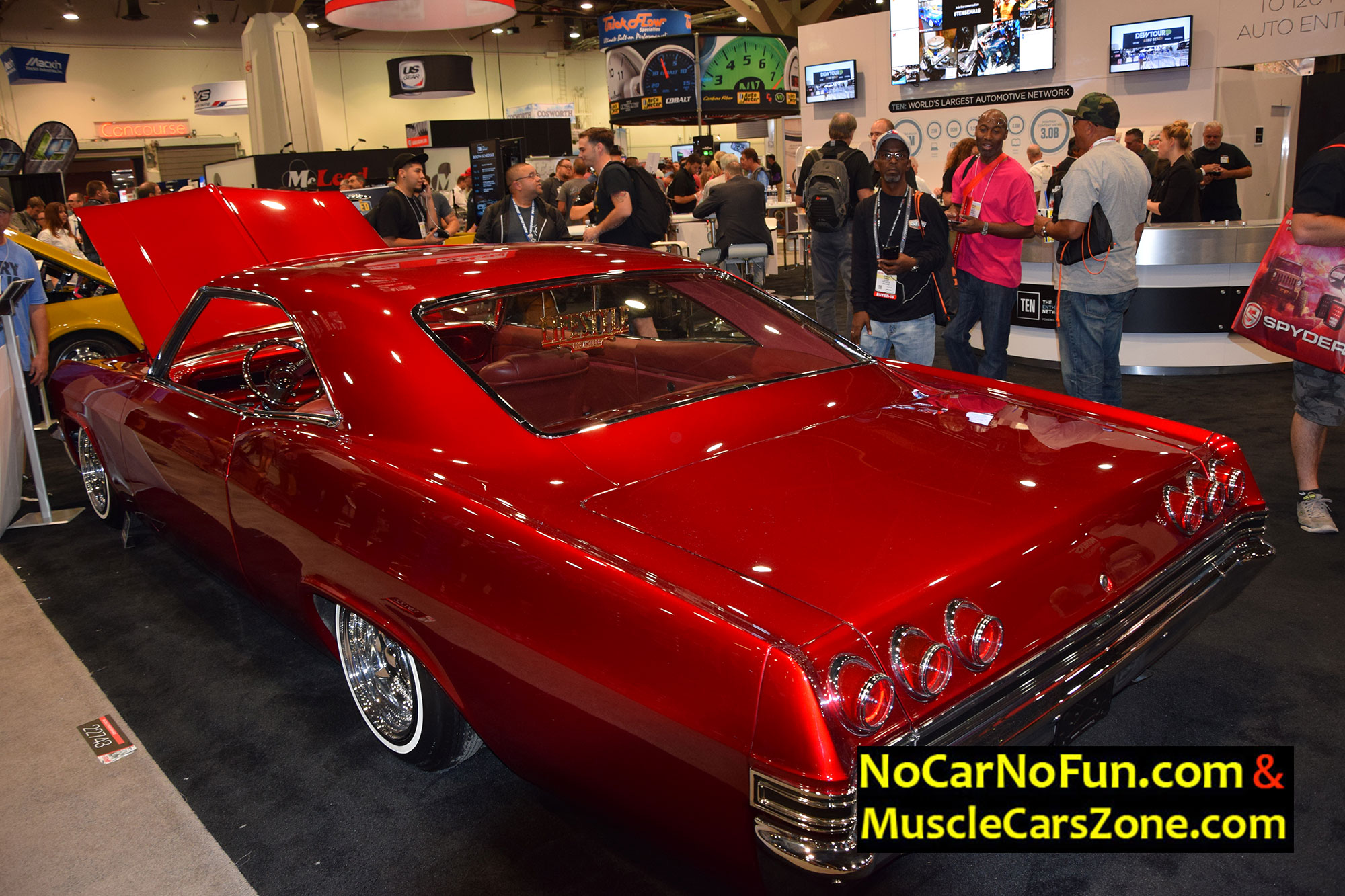 Red Chevrolet Chevelle 5 - Sema Show 2016 Vegas - Muscle Cars Zone!