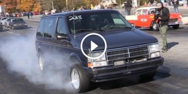 Crazy Drag Racing Mom Minivan 41