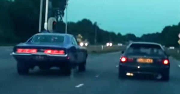 Dodge Charger vs Tuned Honda Civic 11