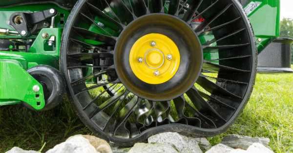 MICHELIN X Tweel Turf TIRES 1