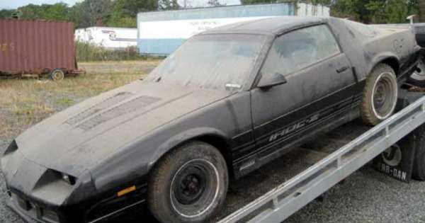 BRAND NEW 1985 Z28 Camaro IROC epic barn find 2