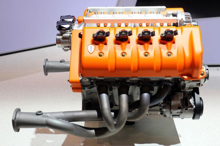 Spyker Koenigsegg engine V8 geneva motor show preliator 5