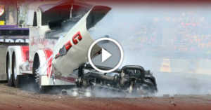 tractor-pulling-competition-engine-destruction