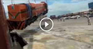 EMD GT46C-Ace Locomotive Train Heavily Dropped On Delivery fail 3