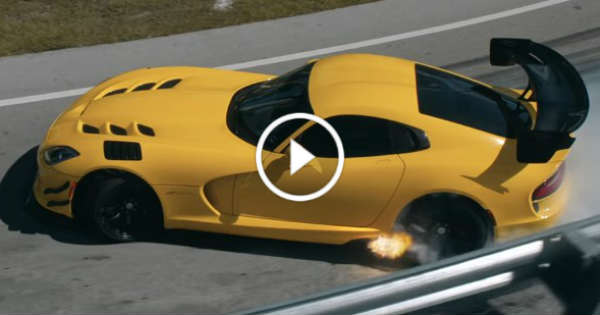 How Much Is The Dodge Demon >> The Farewell Dodge Viper Video Shows Off Insane Airborne ...