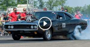 Fast and Furious 1970 Dodge Charger Drag Race 2