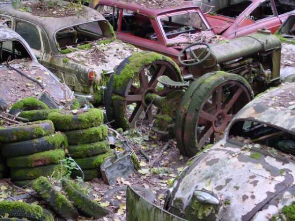 1,500 Classic Cars Switzerland Greatest Vintage Car Graveyard 1