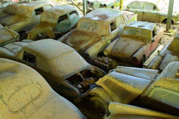 1,500 Classic Cars Switzerland Greatest Vintage Car Graveyard 2